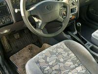 begagnad Toyota Avensis 1.8 kombi (110hk)