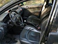 begagnad Peugeot 206 griffe i bra bruksskick -06