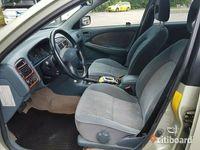 begagnad Toyota Avensis Automat