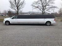 begagnad Lincoln Navigator Limo Megastretch Limousine