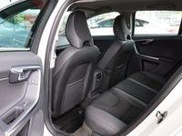 begagnad Volvo V60 T3 Momentum 150hk