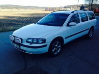 begagnad Volvo V70 2,4 -04