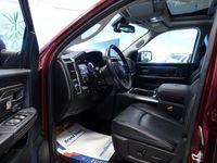 begagnad Dodge Ram Sport Crew Cab 1500 HEMI Luftfjädring
