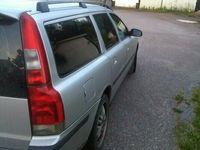 begagnad Volvo V70 140hk diesel manuel