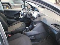 begagnad Peugeot 208 Active 1,2 PureTech 82hk Aut - EURO6