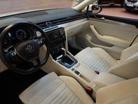 begagnad VW Passat 2.0 TSI 220 DSG BMT GT SPORTSCOMBI. Automat 2016, Personbil 239 800 kr