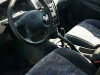 begagnad Toyota Avensis 1.8