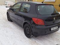 begagnad Peugeot 307 -2,0 -02