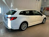 begagnad Toyota Corolla Touring Sports Hybrid 1.8 HSD Active /Vhjul/Mvärmare
