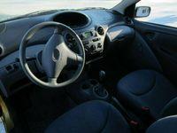 begagnad Toyota Yaris 1.0 VVT-i