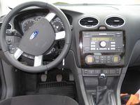begagnad Ford Focus GHIA 1,6TI-VCT 2005