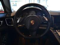 begagnad Porsche Panamera S E-Hybrid E- 3.0 V6 TipTronic S Euro 6 416hk