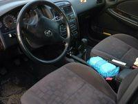 begagnad Toyota Avensis kombi 1,8