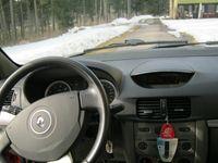 begagnad Renault Clio 1,2 16V 75hk,i Garanti sedan, 2011