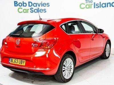 used Vauxhall Astra Hatchback 1.4i 16V Excite (10/13-) 5d