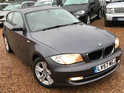 used BMW 118 1 Series 2.0 d SE 3dr