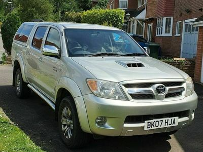 used Toyota HiLux 3.0 INVINCIBLE D-4D 4X4 D/C 5d AUTO 169 BHP * FINANCE AVAILABLE * PX WELCOME
