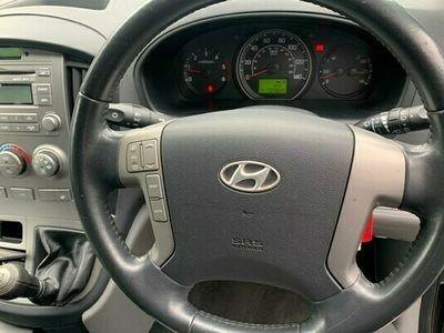 used Hyundai I800 Estate 2.5 CRDi Style 5d