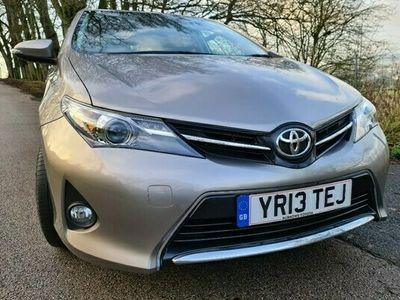 used Toyota Auris 1.6 V-Matic Sport 5dr
