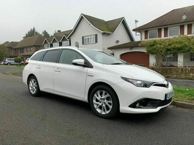 used Toyota Auris 1.8 VVT-h Business Edition Touring Sports CVT (s/s) 5dr (Safety Sense)