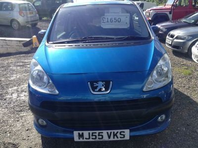 used Peugeot 1007 1.6 Dolce 3dr 2-Tronic Automatic Mot 26.6.2021, A wee cult car Auto