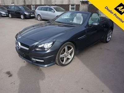 used Mercedes SLK200  SLK 1.8BLUEEFFICIENCY AMG SPORT 2d 184 BHP IN METALLIC GREY WITH A FUL 2-Door 2 OWNERS FULL SERVICE HISTORY.