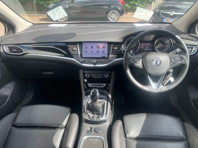used Vauxhall Astra 1.6T 16V 200 Elite Nav 5Dr