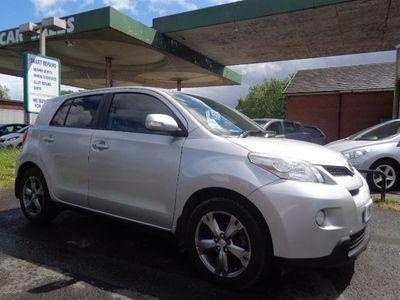 used Toyota Urban Cruiser 1.3 VVT-I 5d 100 BHP 10 SERVICE STAMPS *KEYLESS*