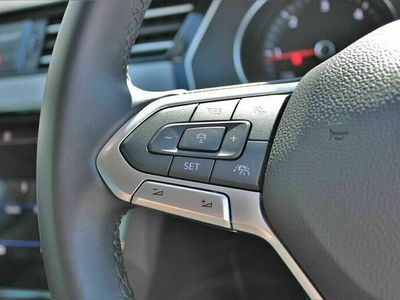 used VW Passat 2.0 TDI SE Nav SCR 150PS DSG Saloon