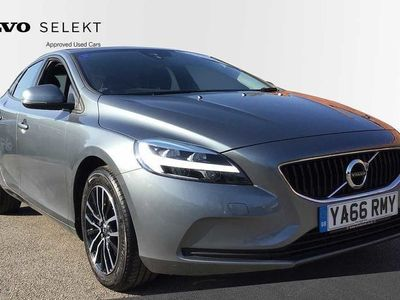 used Volvo V40 T2 Momentum Manual 2.0 5dr