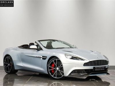 used Aston Martin Vanquish 5.9 V12 2d 565 BHP £11,000 WORTH OF EXTRAS!