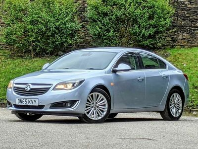 used Vauxhall Insignia Country Tourer  2.0 CDTi ecoFLEX Tech Line (s/s) 5dr CLICK AND COLLE + DELIVERY!