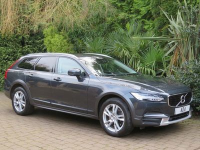 used Volvo V90 CC Cross Country 2.0 D4 Auto AWD (s/s) 5dr