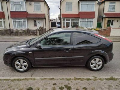 used Ford Focus 1.6 Zetec Climate 3dr