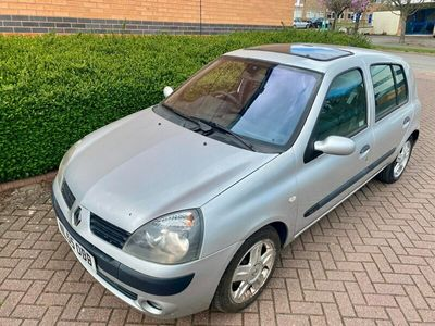 used Renault Clio 1.2 16V Dynamique 5dr New 12 month MOT- £200 just spent *Cambelt at 76k