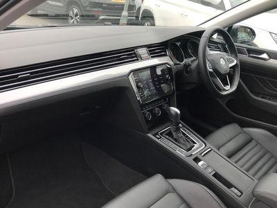 used VW Passat 1.6 TDI SEL 120PS DSG Estate 5dr