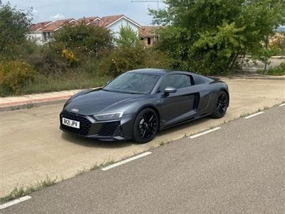 used Audi R8 Coupé 5.2 V10 2d AUTO 533 BHP SHOWROOM CONDITION