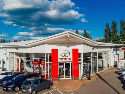 used Toyota Auris 1.2 VVT-i Business Edition Touring Sports (s/s) 5dr (Safety Sense)