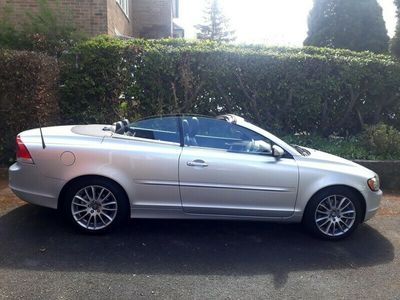 used Volvo C70 2.4i SE Convertible 2d 2435cc
