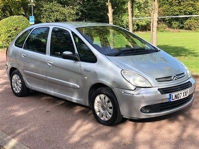 used Citroën Xsara Picasso 1.6 i 16v Exclusive 5dr
