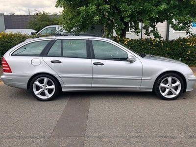 used Mercedes C200 C-Class EstateCDI Classic SE 5d Auto (04)