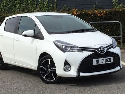 used Toyota Yaris 1.33 Vvt-I Design 5Dr hatchback 2017