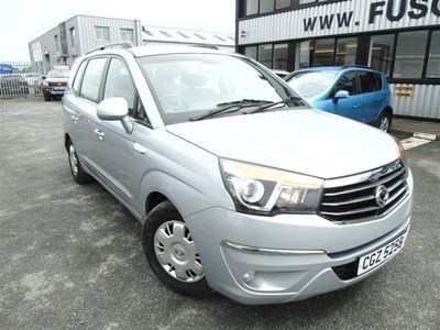 used Ssangyong Rodius Turismo 2.2 SE 5d 176 BHP