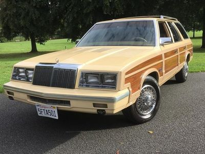 used Chrysler Le Baron Town and Country 2.2 TURBO