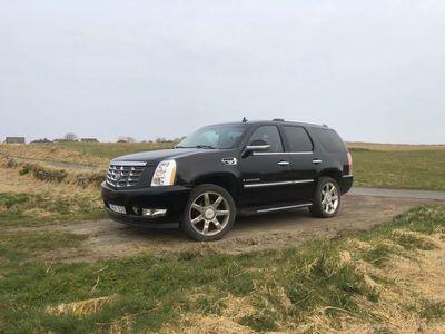 used Cadillac Escalade 6.2 V8 Sport Luxury 4WD 5dr