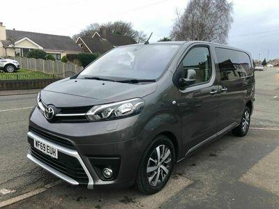 used Toyota Proace 2.0D Design Medium Crew Van MWB EU6 (s/s) 6dr (6 Seat)