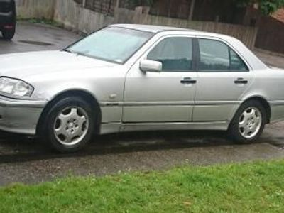 used Mercedes C200 C Class 2.0Classic Selection 4dr