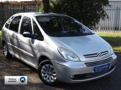 used Citroën Xsara Picasso Estate 1.6i 16V Desire 5d