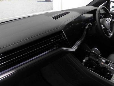 used VW Touareg SUV Black Edition 3.0 V6 TSI 340PS 4Motion Tiptronic auto 5d