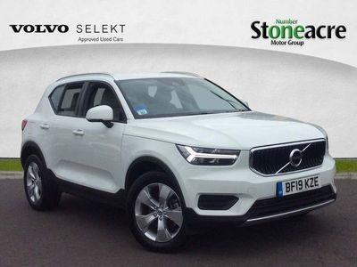 used Volvo XC40 2.0 T4 Momentum SUV 5dr Petrol Auto AWD (s/s) (190 ps)